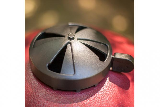 Char-Griller AKORN Kamado 16620 Review Adjustable Top Damper