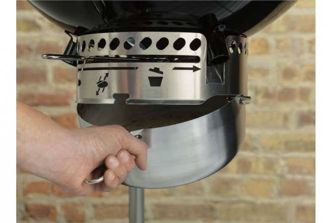 Weber Performer Deluxe Charcoal Grill Review Ash Removal System
