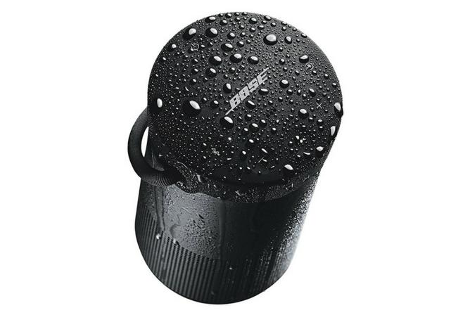 Bose SoundLink Revolve Plus splash proof