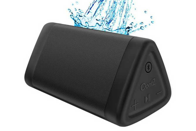 OontZ Angle 3 Portable Bluetooth Speaker Review splash