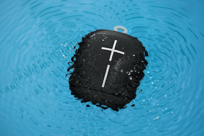 Ultimate Ears WONDERBOOM Super Portable Waterproof Bluetooth Speaker in water